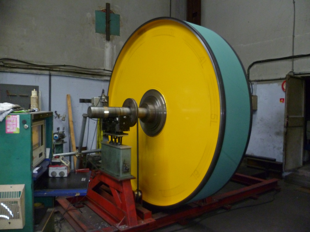 Equilibrage poulie diamètre 2300 mm